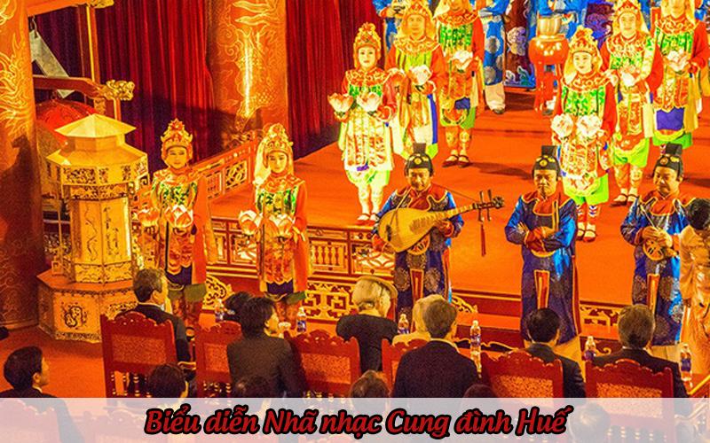 Biểu diễn Nhã nhạc Cung đình Huế